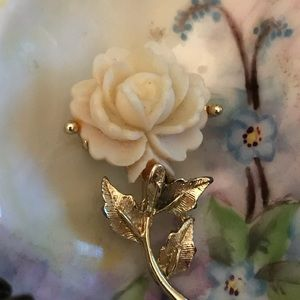 Vintage White Rose Shaped Brooch Looks New!